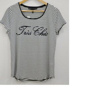 White House Black Market  Tres Chic Tee Shirt New